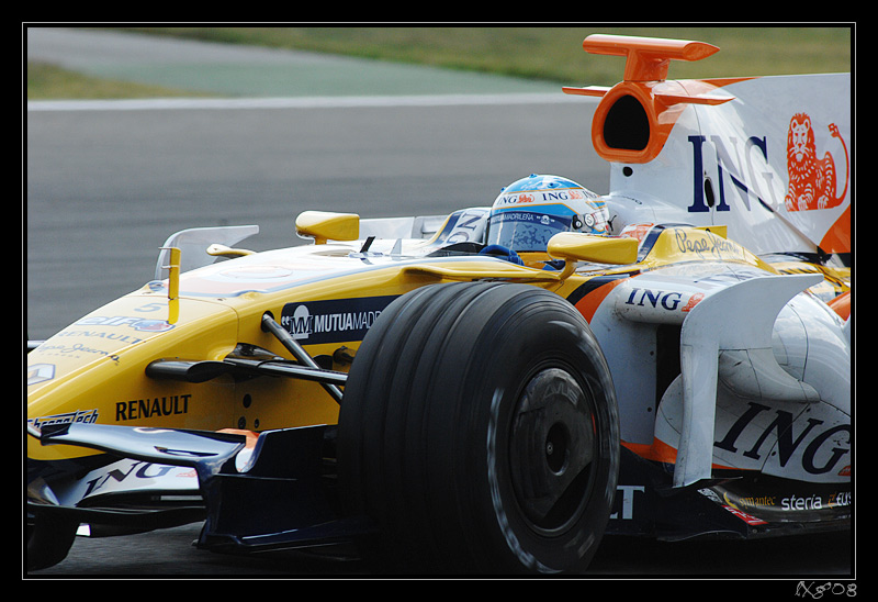 F1_FernandoAlonso_close.jpg