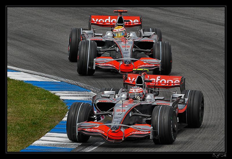 F1_Heikki_Lewis1.jpg